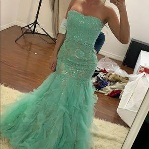 Sherri Hill Dresses - Teal Sherri hill summer wedding gown size 0